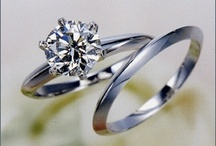 captivating wedding rings / by Kristien Riera