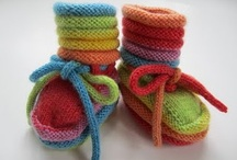 baby booties / by Hanti Otto