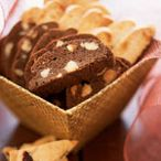 COOKIES biscotti / by Jo Ross