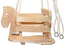 Caballitos de madera