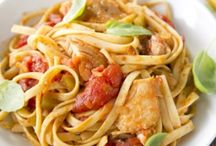 Pasta Recipes / Easy and delicious pasta recipes from Paula Deen!