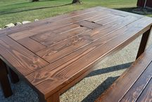 Wooden dinning table / A nice table with richness in wood grains.
