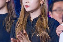 GFriend   Kim Ye Won (Umji) / (19.08.1998)