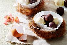 Ostergeschenke aus der Küche / Selbst gemachte Pralinen, süßes Geback oder Eierlikör: Ostergeschenke aus der Küche, mit denen du deinen Liebsten eine Freude machen kannst.