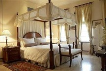 Luxury Hotels Delhi / Delhi Luxury hotels offer world class amenities and every money you spend to relish the luxury. Their generous rooms, spa facilities, enticing shops, beauty parlors, discos and spacious car parks will just take your breath away and make your visit unforgettable. Get best Luxury hotels Delhi tariff with IJ Dream Vacation or call 9810893332 for instant booking.