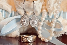 Something Old, Something New, Something Borrowed, Something Blue / Those extra special accessories for the Bride