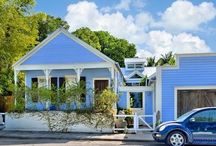 Little Digs Key West ~ Tiny House Monthly #KeyWest rental / Diminutive in size but huge in style, 'Little Digs Key West,' authenticates how 'big things' really do happen in small spaces. Key West was centuries ahead of its time in today's 'tiny house' movement.