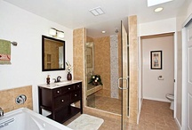 Bathroom Renvoation Ideas / Images of remodeled bathrooms, mostly from real estate listings in Hawaii.