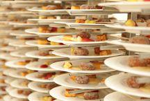 Gastronomía - Guadalquivir Catering / Cocina Mediterránea con toques de Innovación.  Indiscutible apuesta por la calidad de los productos de nuestra tierra, elaborados con todo el sabor, y trabajando con cariño las presentaciones de cada plato, para que la conjunción vista, olfato y gusto sea un tridente perfecto que armonice los sentidos.