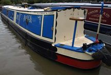 Traditional Style Narrowboats / Narrowboats with Traditional Sterns - This is the smallest stern area offering the least external space, and stems from traditional working boats. Ideal for live aboard, typified by short back deck of 2-3 Feet in length, giving more room inside for living.