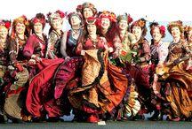 Danza Oriental <3 / by Pame Bustamante