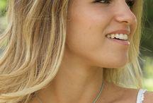 Joyas personalizadas / Joyas con alma que aportan personalidad a los estilismos de una mujer espiritual y delicada