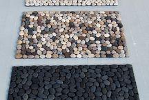 capachos de pedras de rio