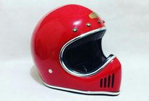 Ghostbone Helmet / Ghostbone Helmet special edition  Custom by handmade, the Material made of Fiberglass + Kevlar with good paint  ✓ Interior Synthetic leather + D-Rings ✓ Available For Chrome, Gold Trims &      Rubber edge ✓ Pre Order ✓ Size available : S.M, L.XL ✓ Color & design by request ✓ Available for Inner Chrome shield ✓ Payment accepted :      PayPal & Western Union ✓ Shipping Worldwide   To see more Design go follow us on #Instagram @doctorhelmet  Fast response by : WhatsApp +6281362638282
