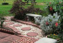 Garden Paths & Walkways Ideas