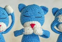 Amineko / the life of a crochet cat
