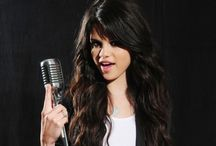 Selena Gomez Wallpapers / Selena Gomez