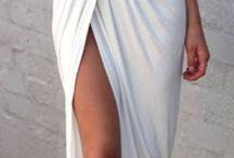 Dresses / Evening and formal dresses