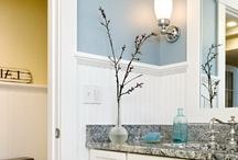 Bathrooms that make you smile / by Susan Willard