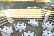 Portovenere Castle Wedding / Wedding design and flowers ideas for a stunning Italy wedding in Portovenere