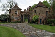 gatehouses/follys