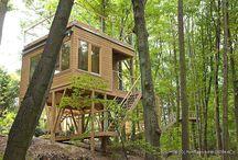 Domy na drzewach / Pomysł na działkowy dom na drzewie