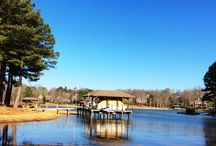 Lakefront Home Sites in Tellico Village / Beautiful lakefront and waterfront lots for sale in Tellico Village on Tellico Lake.