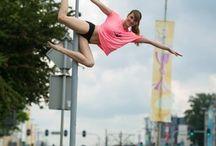 POLE DANCE -Street Pole Dance
