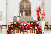 Hochzeitsfarbe Rot / Bordeaux / Rot zählt immer noch zu den Top-Hochzeitsfarben. Schaut dochl, wie man mit der Farbe der Liebe eine wunderschöne Deko zaubern kann.