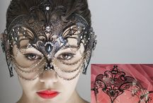 Sexy Mask / here you will be able to find all the Venice masks create in metal of our Sexy collection mask. We call this  category sexy because of the style of the Venetian masks that belong to this category. These Venice masks are very modern and very elegant because of the material. The material that we used is  black or colored metal embellished with Swarovski. Sexy Venice mask we will give you a touch of mistery ,elegance and sensuality , and your look will be unforgettable for an amazing night, party