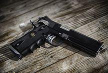 Pistols / Double guns