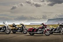 2017 H-D Motorcycles / Introducing the 2017 Harley-Davidson Motorcycles, featuring the all-new Milwaukee-Eight engine at the heart of our touring line. #LiveYourLegend