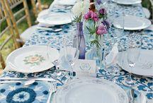 Dekoracje stolow: kolorowe obrusy