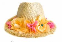 Palarii de paie cu flori