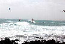 Cabo Verde e Vento / Cosa c'è di più ambito per un windsurfista e un amante del kite del vento? Bhè, tutti gli anni il team Urban si dirige nella nostra amata isola Sal per una settimana di puro divertimento.  Vento e Onda nel luogo più selvaggio e brullo che ci sia, uno spettacolo