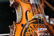 Guitars / Sariebye