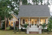 Home Exteriors / by Claire Fleming