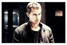 Theo James  <3