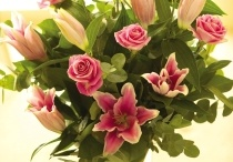 Bouquets / Our range of bouquets ideal for those that prefer to arrange their own flowers.
