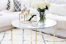 Coffee Table // Inspiration / Habt ihr einen schönen kleinen Beistelltisch oder eine Kommode und wollt da schöne Deko drauf haben? In diesem Ordner findet ihr Deko-Ideen und Inspirationen!