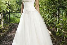 Bruidsjurken wit en gekleurd