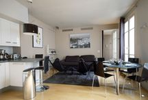 Bright Contemporary Apartment at Victor Hugo / Located steps from the prestigious Place Victor Hugo and just across ten minutes walk from the Eiffel Tower and the Trocadéro and 15 minutes to the Camps Elysées in a safe upscale residential neighborhood full of shops and restaurants.