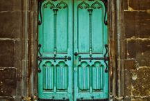 Doors / by Clau Alaminos