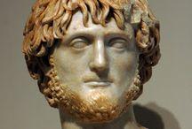 statue di barbari epoca romana