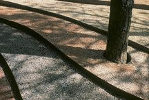 Træ i grus
