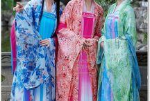 Chinese costume 3 girl