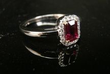 Rubies / Here are some images of our favourite ruby set jewellery