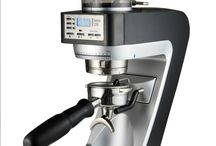 Baratza Bonenmolens / Baratza is dé bonenmolen specialist bij uitstek, met oog voor alles wat koffie te bieden heeft. Daar hoort een scala aan mogelijkheden bij wat betreft het fijnmalen van de koffiebonen.