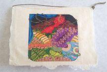 アートグリンティングカード / アート・グリンティングカード。ハンドメイドブータン紙にミナ・ウィルコックスのアートがプリントされた、アーティスト手作りのカード