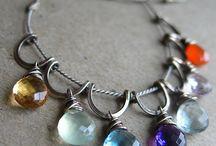 Ожерелье из камней